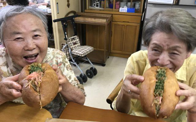 焼きそばパン作り&サイボクハム&七夕