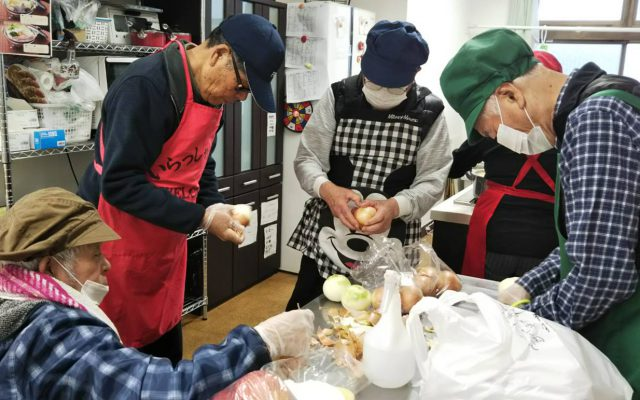 男の料理&年賀状作り( ・(OO)・ )